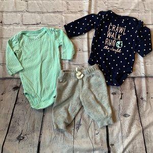 3/$30 Walk, Crawl, Run The World 🌎 Outfit